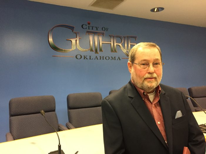 Council approves bonus for city manager