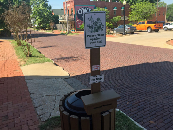 City installs dog sanitationstations throughout downtown