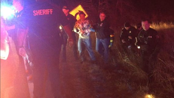 Video: Suspect leads deputies in vehicle pursuit; speeds reaching 100 mph