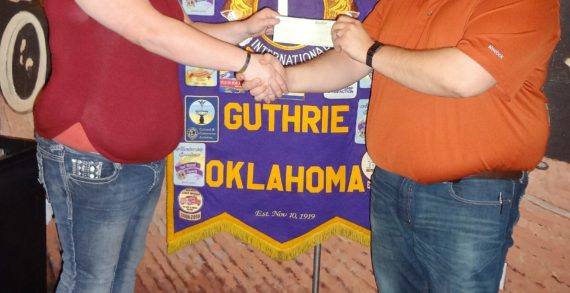Guthrie Lions Club donates to library