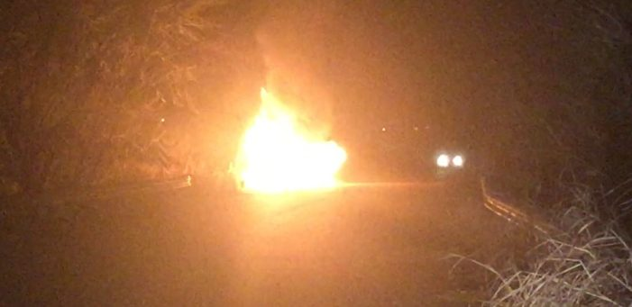 Avalanche pickup truck carrying CNG erupts in flames