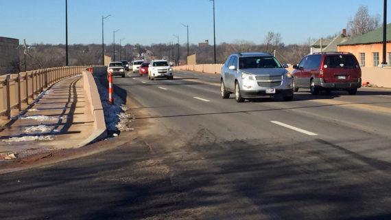 Motorists share concerns on new Cottonwood Creek bridge