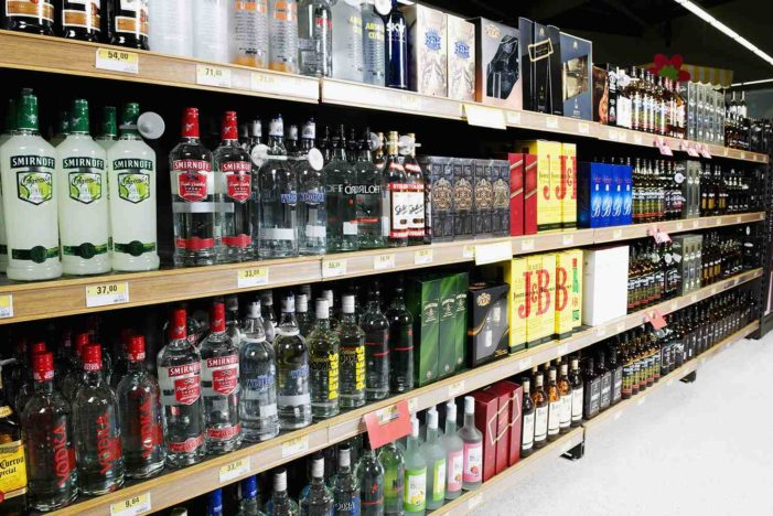 House passes bill to allow children to enter liquor stores