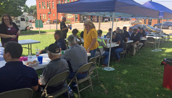 F&M Bank says thank you to Logan County workers with lunch