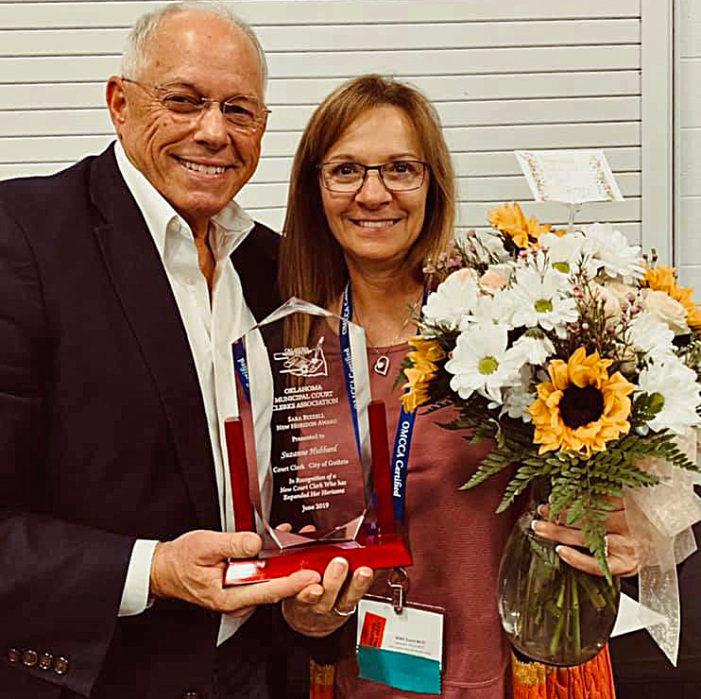 Hubbard named New Horizon Court Clerk of the Year