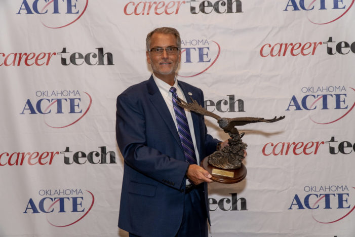 Meridian Technology Center Superintendent/CEO honored with statewide award